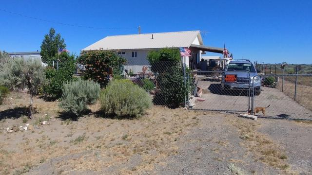 86789 Aspen Lane, Christmas Valley, OR 97641 (MLS #201806629) :: Fred Real Estate Group of Central Oregon