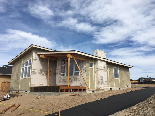 3684 SW 47th Street, Redmond, OR 97756 (MLS #201808040) :: Windermere Central Oregon Real Estate