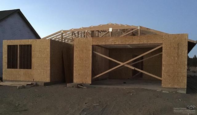 4071 SW Coyote Avenue, Redmond, OR 97756 (MLS #201808327) :: Team Birtola | High Desert Realty