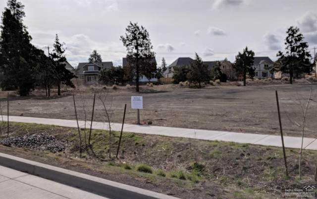 365 SE Reed Market Road, Bend, OR 97702 (MLS #201808389) :: Bend Relo at Fred Real Estate Group