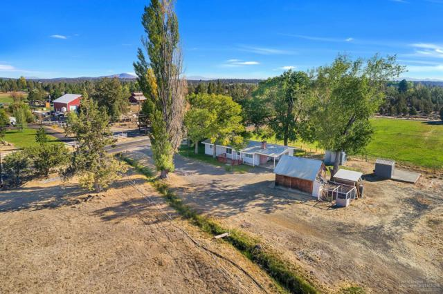 18665 Couch Market Road, Bend, OR 97703 (MLS #201809998) :: Stellar Realty Northwest