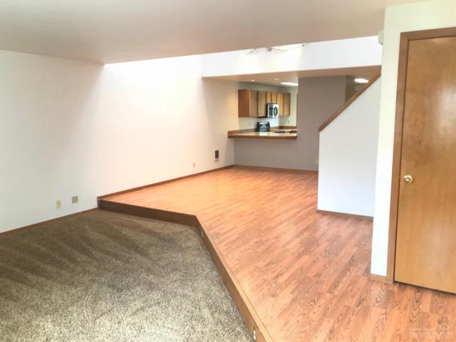 1050 NE Butler Market Road #37, Bend, OR 97701 (MLS #201810069) :: Fred Real Estate Group of Central Oregon