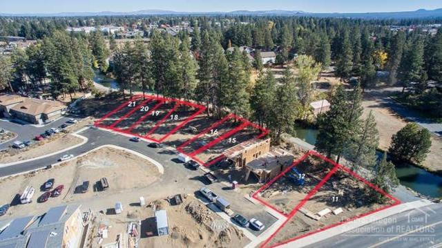 1337 SW Boardwalk Lane Lot 12, Bend, OR 97702 (MLS #201810343) :: Team Birtola | High Desert Realty