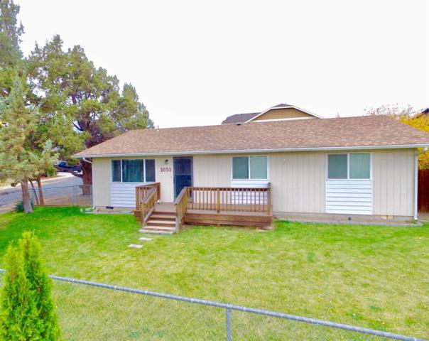 1651 SW 21st Place, Redmond, OR 97756 (MLS #201810621) :: Fred Real Estate Group of Central Oregon