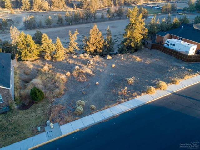 320 NW 16th Place, Redmond, OR 97756 (MLS #201811067) :: Team Birtola | High Desert Realty