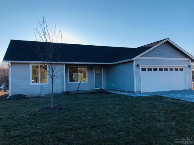1024 NE Crista Court, Prineville, OR 97754 (MLS #201811383) :: Central Oregon Home Pros