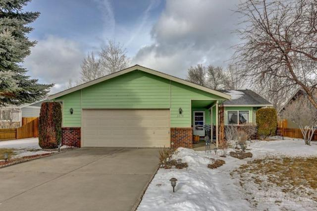 2619 SW Fissure Loop North, Redmond, OR 97756 (MLS #201900963) :: Central Oregon Home Pros