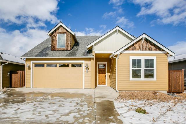 4093 SW Coyote Avenue, Redmond, OR 97756 (MLS #201901025) :: Central Oregon Home Pros