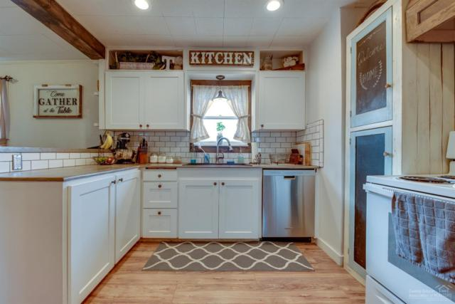 411 SE Evergreen Avenue, Redmond, OR 97756 (MLS #201901029) :: Fred Real Estate Group of Central Oregon