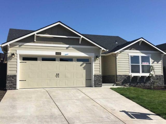4448 SW Salmon Avenue, Redmond, OR 97756 (MLS #201901281) :: Fred Real Estate Group of Central Oregon