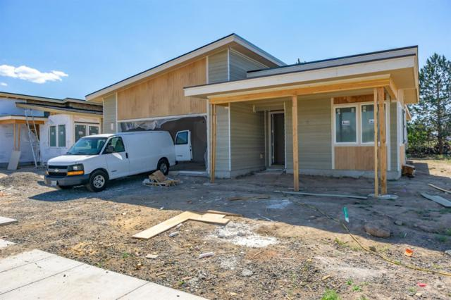 617 NW Rimrock Drive, Redmond, OR 97756 (MLS #201901315) :: The Ladd Group