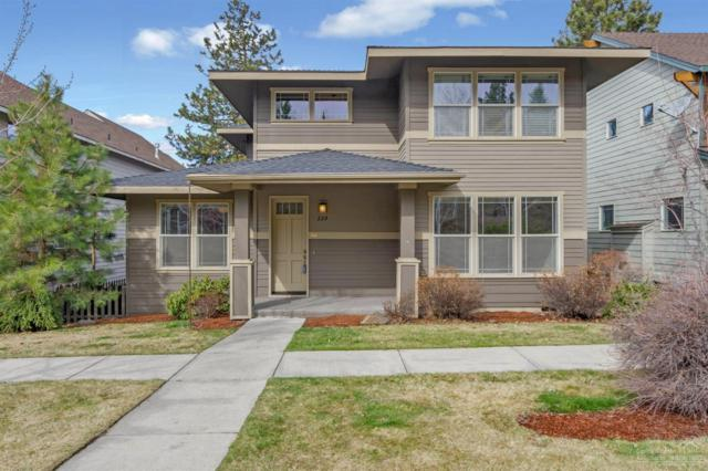229 NW Flagline Drive, Bend, OR 97703 (MLS #201901889) :: The Ladd Group