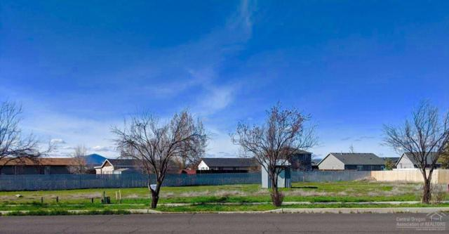 1272 NW Western Sky, Prineville, OR 97754 (MLS #201902128) :: Central Oregon Home Pros