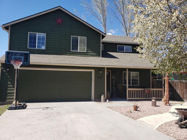 633 NE Fieldstone Lane, Prineville, OR 97754 (MLS #201902450) :: Fred Real Estate Group of Central Oregon
