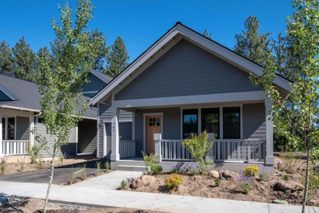 944 E Horse Back Trail, Sisters, OR 97759 (MLS #201903475) :: Team Sell Bend