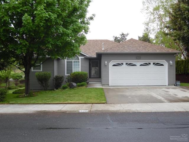 4055 SW Ben Hogan Drive, Redmond, OR 97756 (MLS #201904148) :: Stellar Realty Northwest