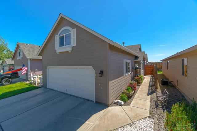 3746 SW Sam Snead Court, Redmond, OR 97756 (MLS #201904858) :: Premiere Property Group, LLC