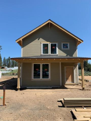 1018 E Black Butte Avenue, Sisters, OR 97759 (MLS #201904914) :: Team Sell Bend