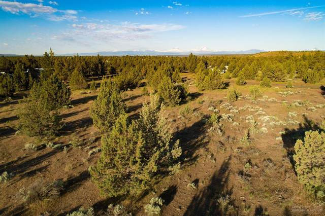 17081 SW Blue Jay Road, Terrebonne, OR 97760 (MLS #201905389) :: Bend Relo at Fred Real Estate Group