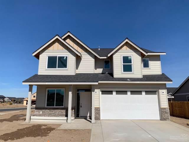 2485 NW Glen Oak Avenue, Redmond, OR 97756 (MLS #201906422) :: Bend Homes Now