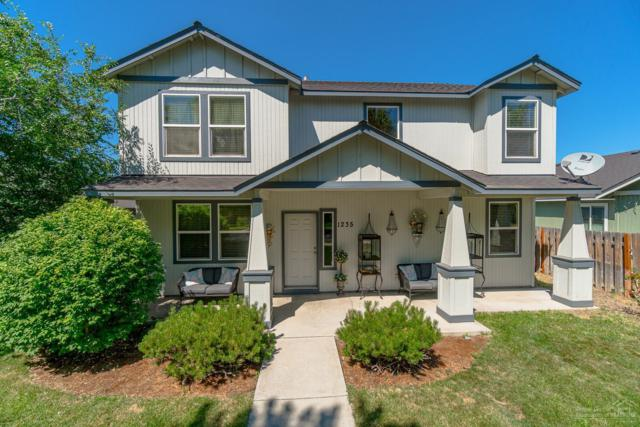 1235 NE 4th Street, Redmond, OR 97756 (MLS #201906886) :: Fred Real Estate Group of Central Oregon