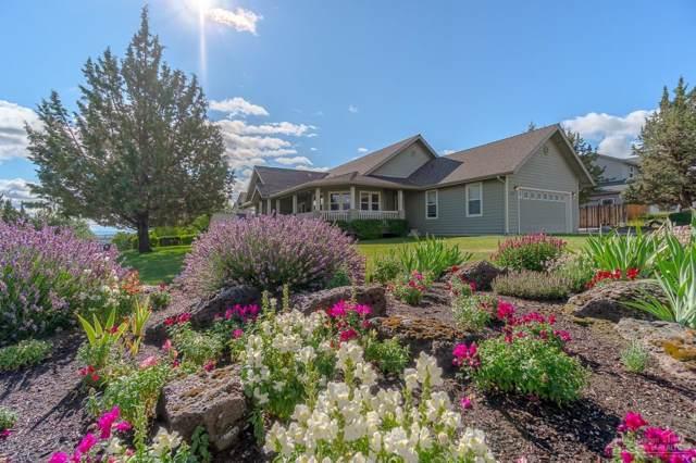 2949 SW Cascade Vista Drive, Redmond, OR 97756 (MLS #201906924) :: Windermere Central Oregon Real Estate
