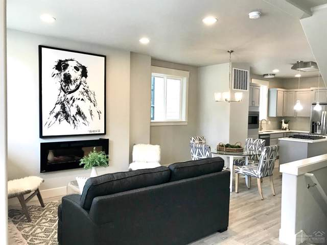 61571 SW Riverwalk Lane, Bend, OR 97702 (MLS #201907118) :: Berkshire Hathaway HomeServices Northwest Real Estate
