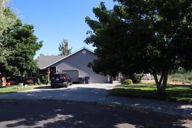 2725 SE Volcano Court, Redmond, OR 97756 (MLS #201907788) :: Central Oregon Home Pros