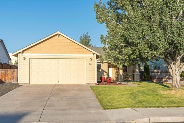 2114 NW 8th Street, Redmond, OR 97756 (MLS #201907902) :: Berkshire Hathaway HomeServices Northwest Real Estate
