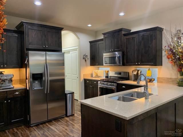 20784 NE Boulderfield Avenue, Bend, OR 97701 (MLS #201909176) :: Berkshire Hathaway HomeServices Northwest Real Estate