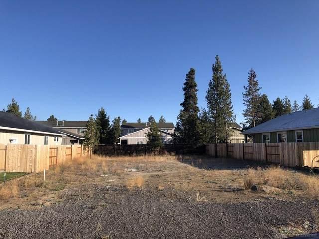 16686 Cabin Lake Lane, La Pine, OR 97739 (MLS #201909612) :: Coldwell Banker Bain