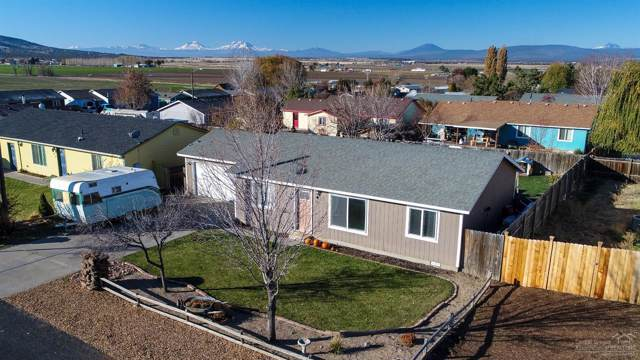 725 Scenic Loop, Culver, OR 97734 (MLS #201909837) :: Team Birtola | High Desert Realty
