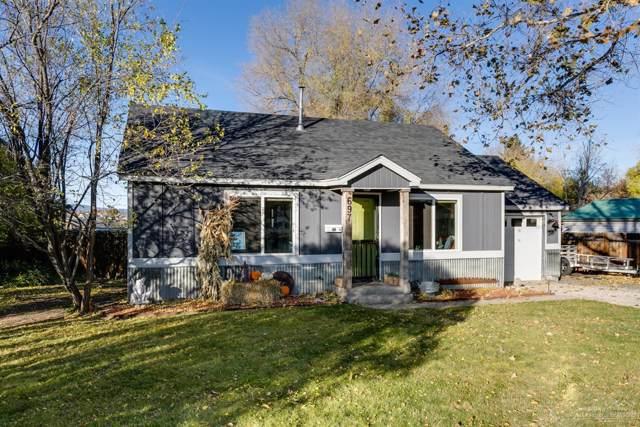 697 NE Lookout Avenue, Prineville, OR 97754 (MLS #201909920) :: Berkshire Hathaway HomeServices Northwest Real Estate