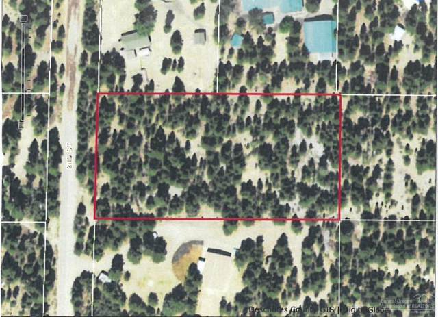 53790 2nd Street, La Pine, OR 97739 (MLS #201910351) :: Fred Real Estate Group of Central Oregon