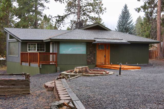19143 Pumice Butte Road, Bend, OR 97702 (MLS #201910369) :: Team Birtola | High Desert Realty