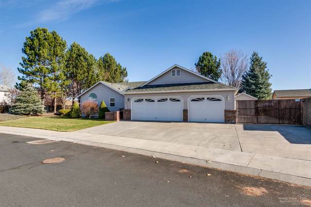 3720 SW Gene Sarazan Drive, Redmond, OR 97756 (MLS #201910488) :: Stellar Realty Northwest