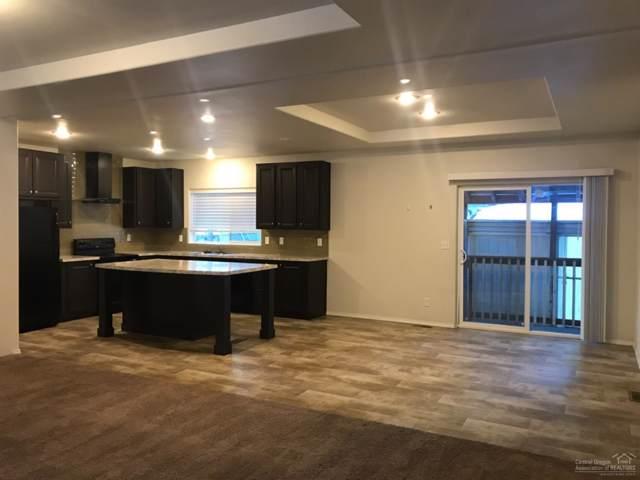 61070 S Winter Park Lane #202, Bend, OR 97702 (MLS #201910708) :: Premiere Property Group, LLC