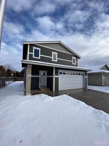 2694 NE Colleen Road, Prineville, OR 97754 (MLS #201910775) :: Central Oregon Home Pros