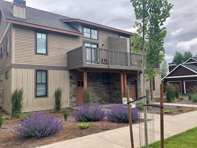 690 W Jefferson Avenue, Sisters, OR 97759 (MLS #202000015) :: Stellar Realty Northwest