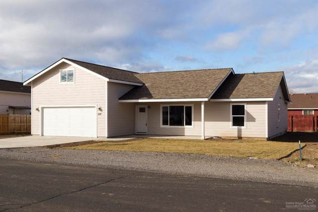 697 Scenic Loop, Culver, OR 97734 (MLS #202000076) :: Berkshire Hathaway HomeServices Northwest Real Estate