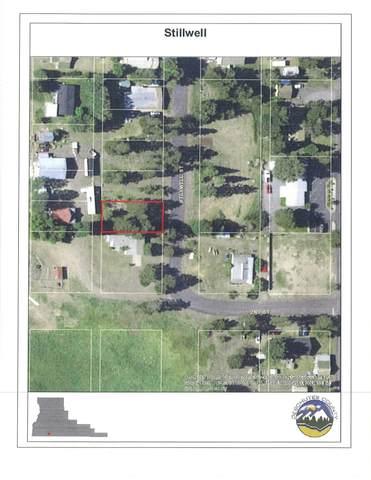 51571 Stillwell Street, La Pine, OR 97739 (MLS #202000198) :: The Ladd Group
