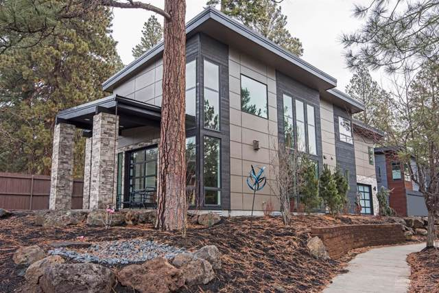404 NW Riverside Boulevard, Bend, OR 97703 (MLS #202000510) :: The Ladd Group