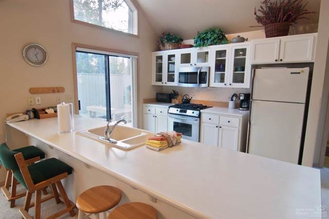 18177 Yankee Mountain Lane, Sunriver, OR 97707 (MLS #202000561) :: Team Birtola   High Desert Realty