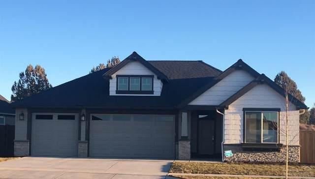 3638 SW Badger Court, Redmond, OR 97756 (MLS #202000952) :: Bend Homes Now