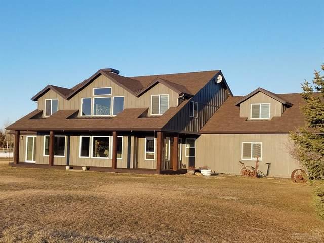 18108 Fadjur Lane, Sisters, OR 97759 (MLS #202001136) :: Bend Homes Now