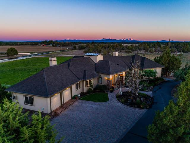 23770 Dodds Road, Bend, OR 97701 (MLS #202001791) :: Bend Relo at Fred Real Estate Group