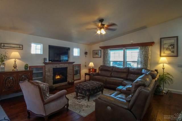936 NE Stone Ridge Loop, Prineville, OR 97754 (MLS #202001856) :: Berkshire Hathaway HomeServices Northwest Real Estate