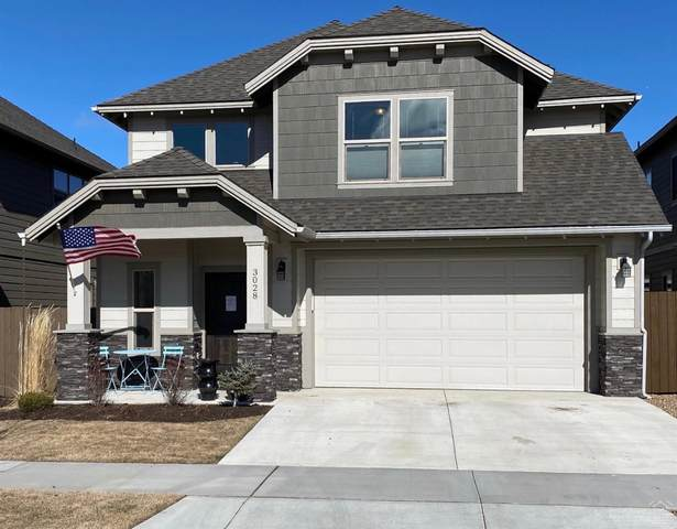 3028 NE Flagstone Avenue Avenue, Bend, OR 97701 (MLS #202002520) :: Berkshire Hathaway HomeServices Northwest Real Estate