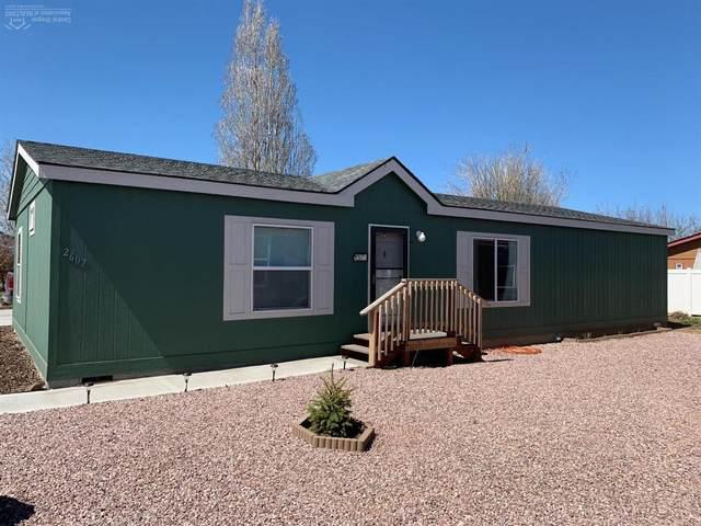 2607 SW Mariposa Loop, Redmond, OR 97756 (MLS #202003215) :: Berkshire Hathaway HomeServices Northwest Real Estate