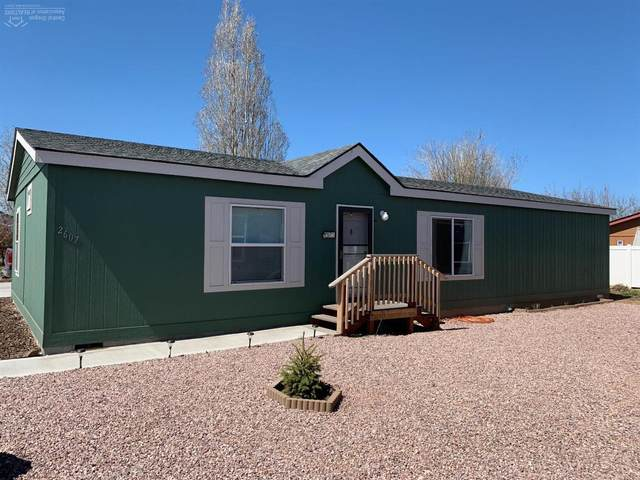 2607 SW Mariposa Loop, Redmond, OR 97756 (MLS #202003215) :: Central Oregon Home Pros